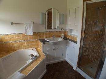 Bath, sink and shower cubicle