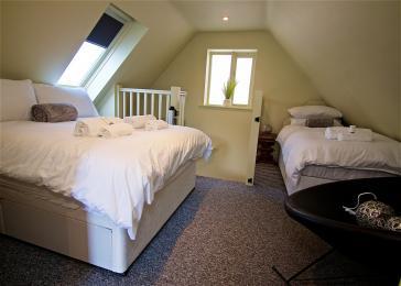First floor triple bedroom, with en-suite bathroom