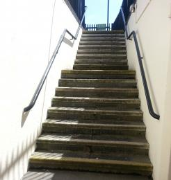 The steps from Didcot Parkway Station