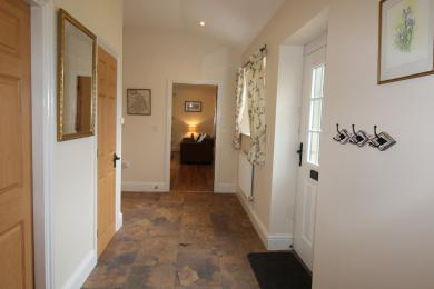 Swallow Cottage - Entrance Hall