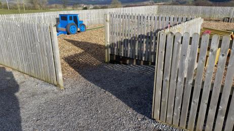 Gravel Entrance ramp to bark chip