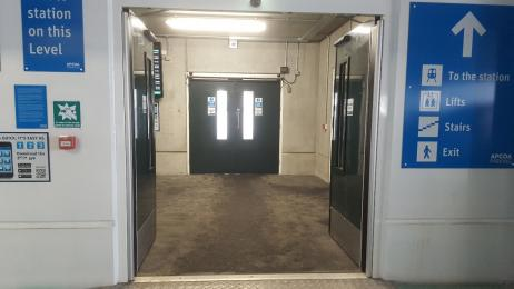 View across the lift lobby to the ramp towards Didcot Parkway Station