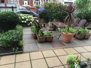 front garden with seating
