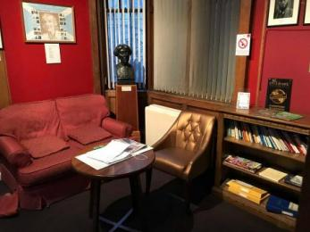 The reading space and the visitor's book where you can tell us all about your visit