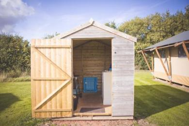 kitchen shed