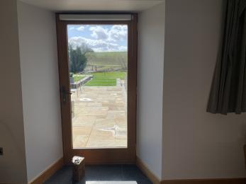 The Cottage - Glass door contrast
