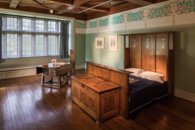 Master Bedroom - low-level lighting