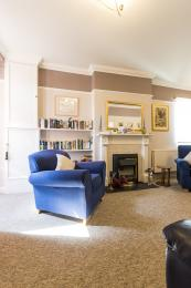 Edale House- Guest Lounge