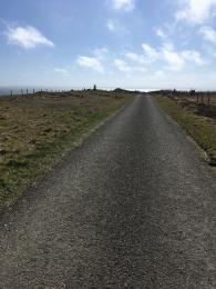 Cairn Trail road