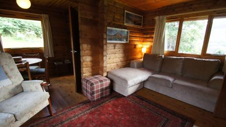 Glen Ogle Lodge lounge