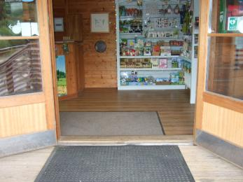 Manual doors to the Visitor Information Office