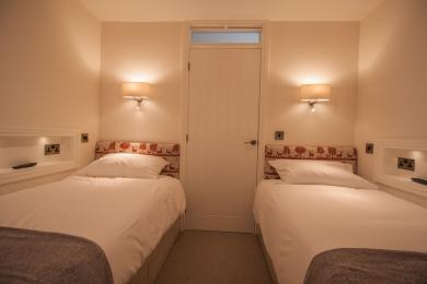 Twin Bedroom in Dalby Cottage