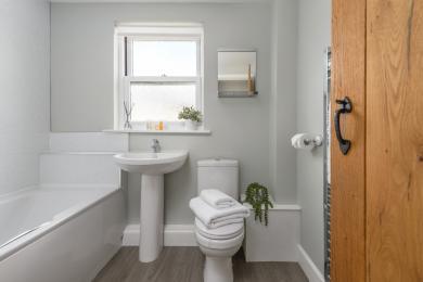 Dodds Nook Bathroom