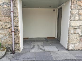 Entrance to two disabled rooms direct from the parking area, next to disabled parking bay