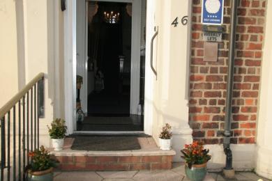 Front door outer door 845mm wide, inner door 810mm