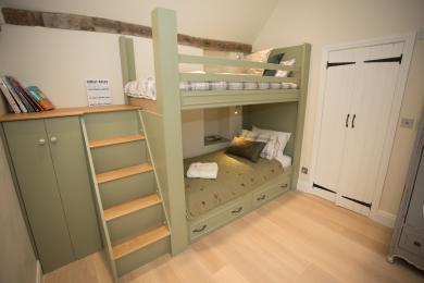 Ground floor bunk beds en-suite bedroom