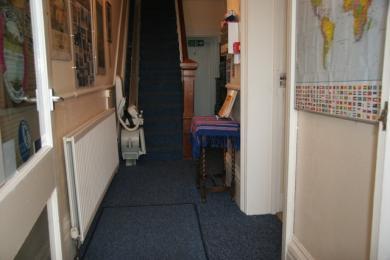 Hall width 1185
