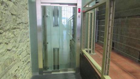 Institute Lift