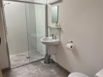 Purple room ensuite shower room