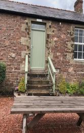 Chaffinch Cottage Entrance