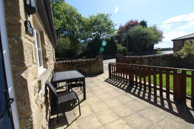 Swallow Cottage - Patio Area