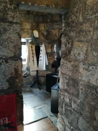 Armoury alcove - please note the uneven surface.