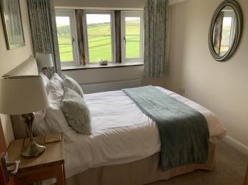 LFHC - Mount View double bedroom