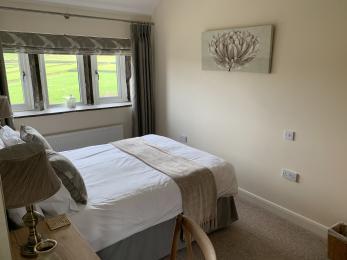 LFHC - Mount View master bedroom