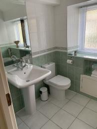 LFHC - Mount View family bathroom