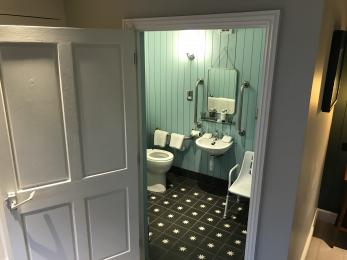 Room 47 Wetroom 1