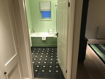 Room 39 Bathroom Entrance