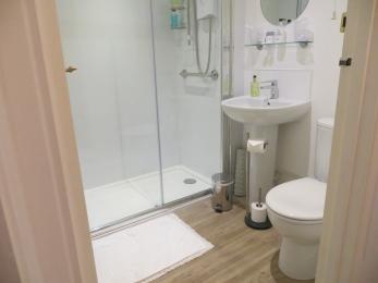 Selworthy bathroom