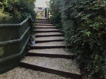 Steps from car park to main entrance door