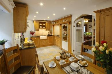 Inglenook Cottage, West Burton - kitchen
