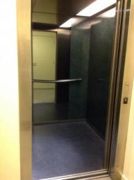 Lift to mezzanine with doors open