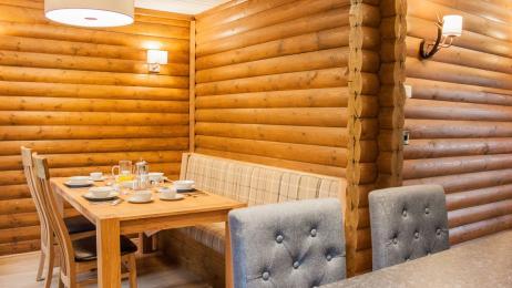Woodland Lodge - Dining Area