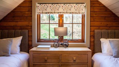 Woodland Lodge - Twin Bedroom