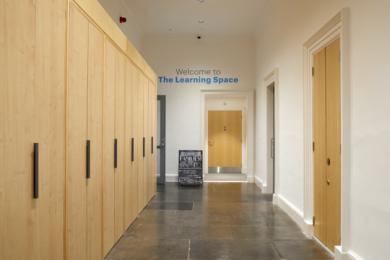 Modern One - Learning Space welcome area