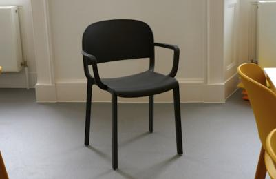 Modern One - supportive chairs with arm rests
