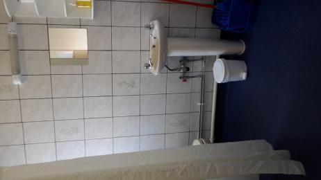 Oliver bathroom