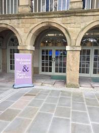 Entrance to the Welcome Centre and Piece Hall Story