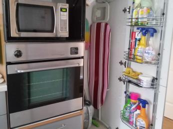 Oven and microwave unit