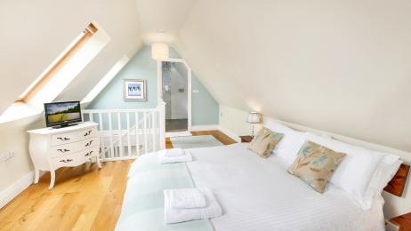 Lyndhurst Bedroom 3