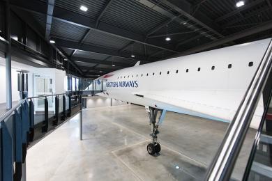 Platform lift to Concorde