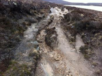 Post Road eroded path at Sandy Loch