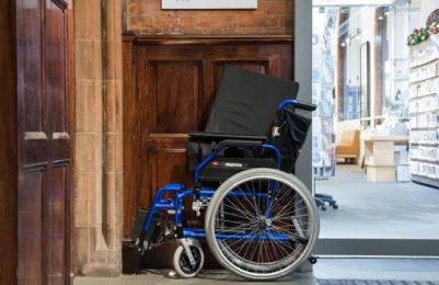 Modern One - Wheelchairs available to borrow free of charge for visitors