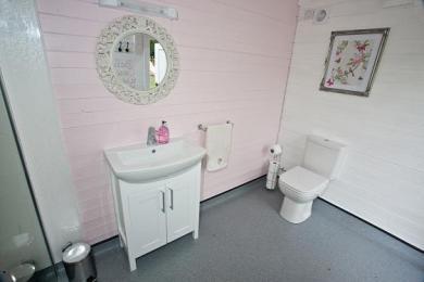 Female Wet Room