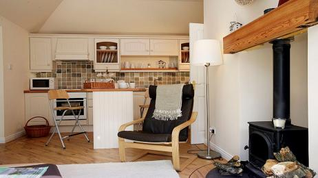 The Doocot kitchen lounge