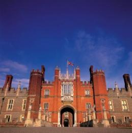The entrance to Hampton Court Palace