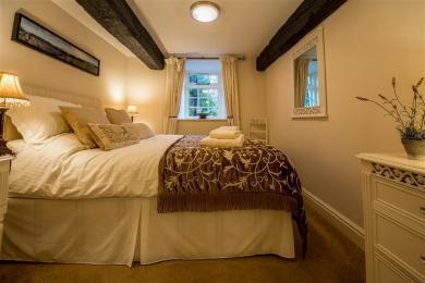 Campbell Cottage Bedroom 1